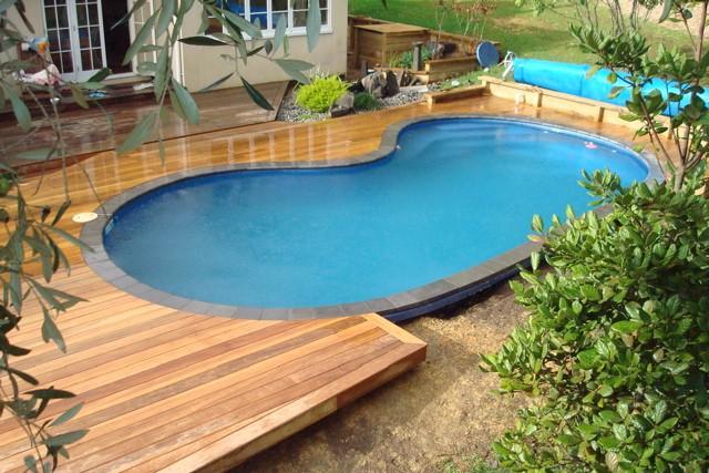 Cedar Pool Decks make a statement - Toronto decks design ...